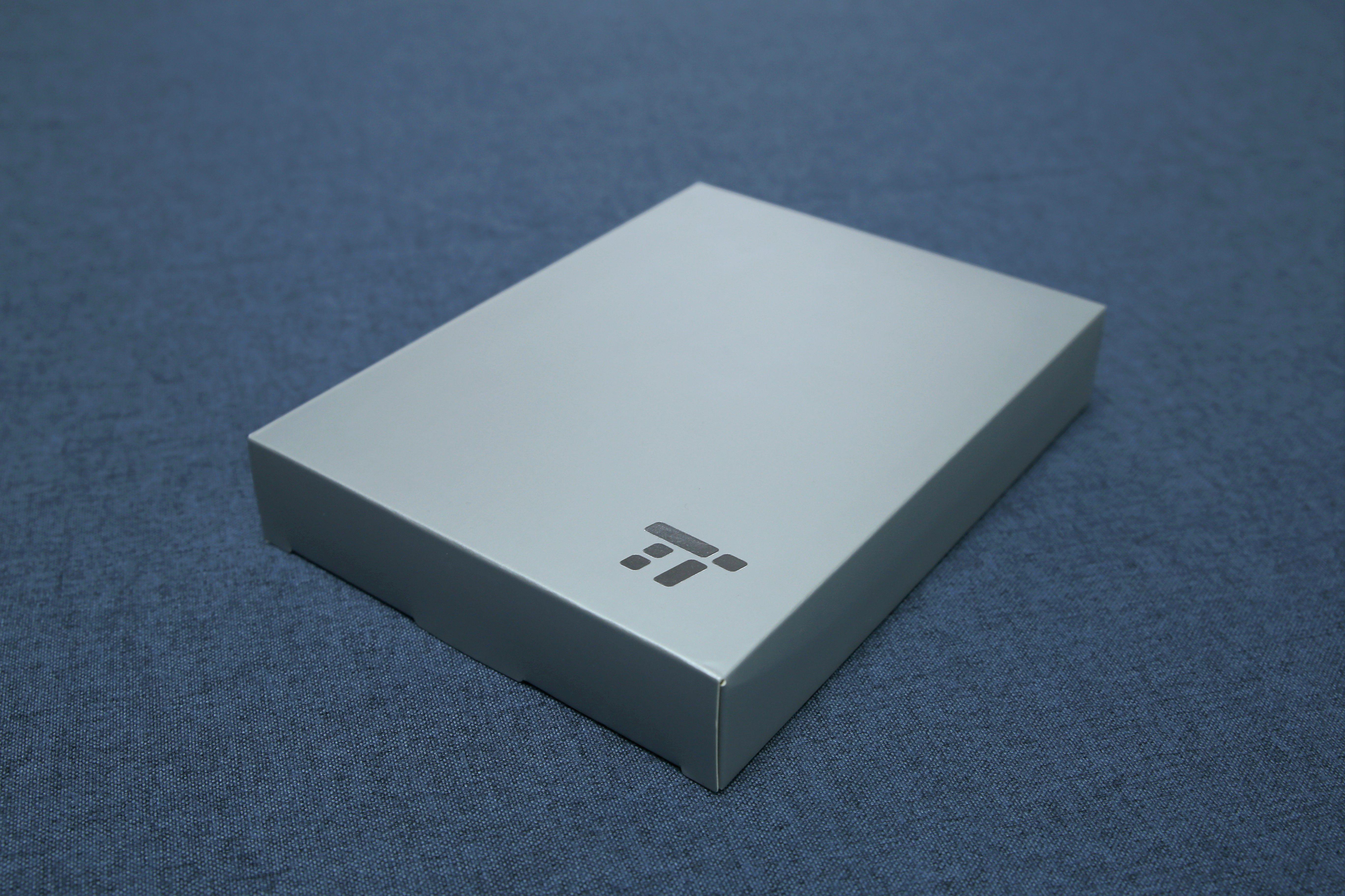 TaoTronics TT-BH042頸掛式降噪藍牙耳機 - 外盒設計