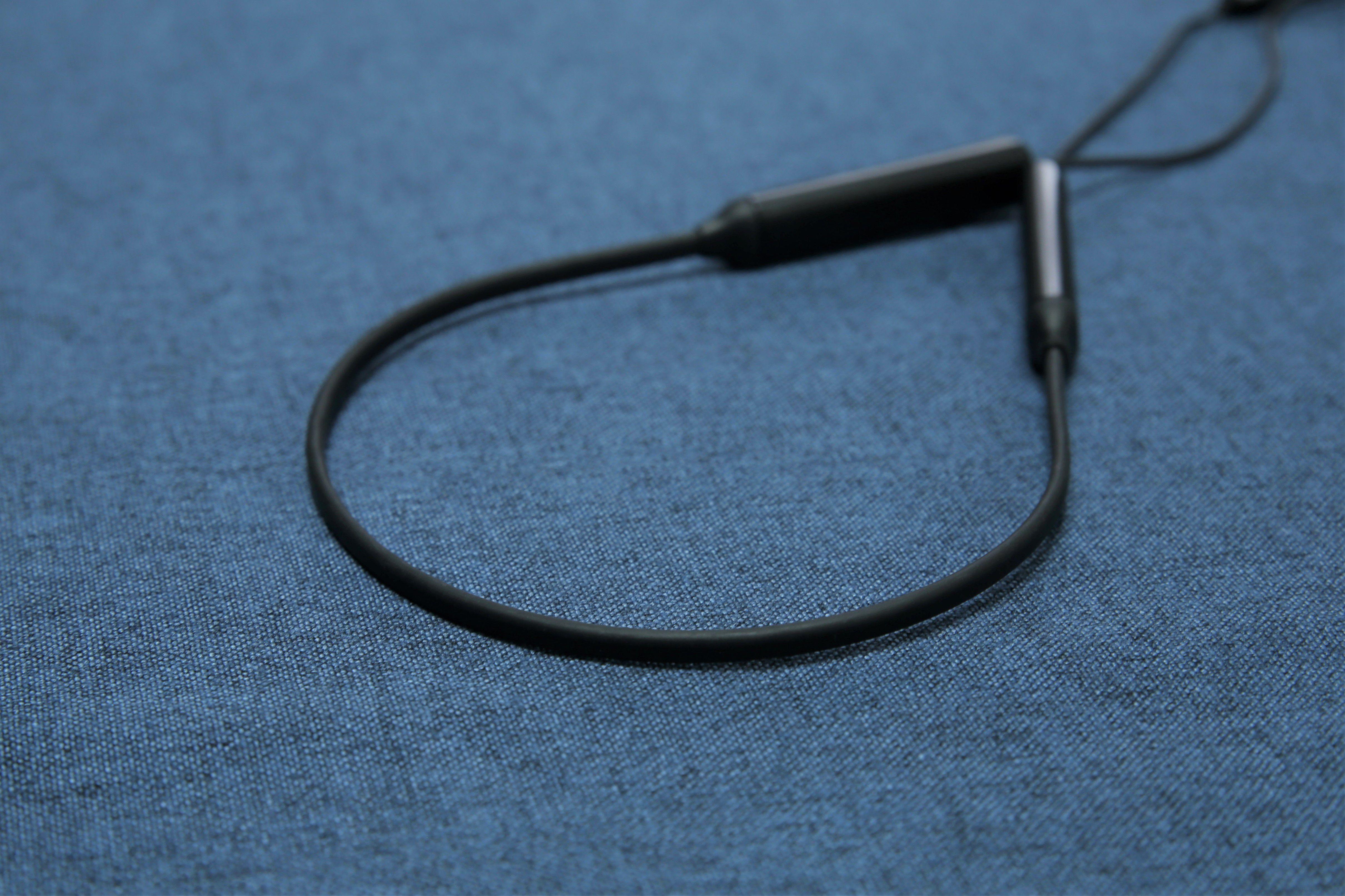 TaoTronics TT-BH042頸掛式降噪藍牙耳機 - 頸圈線