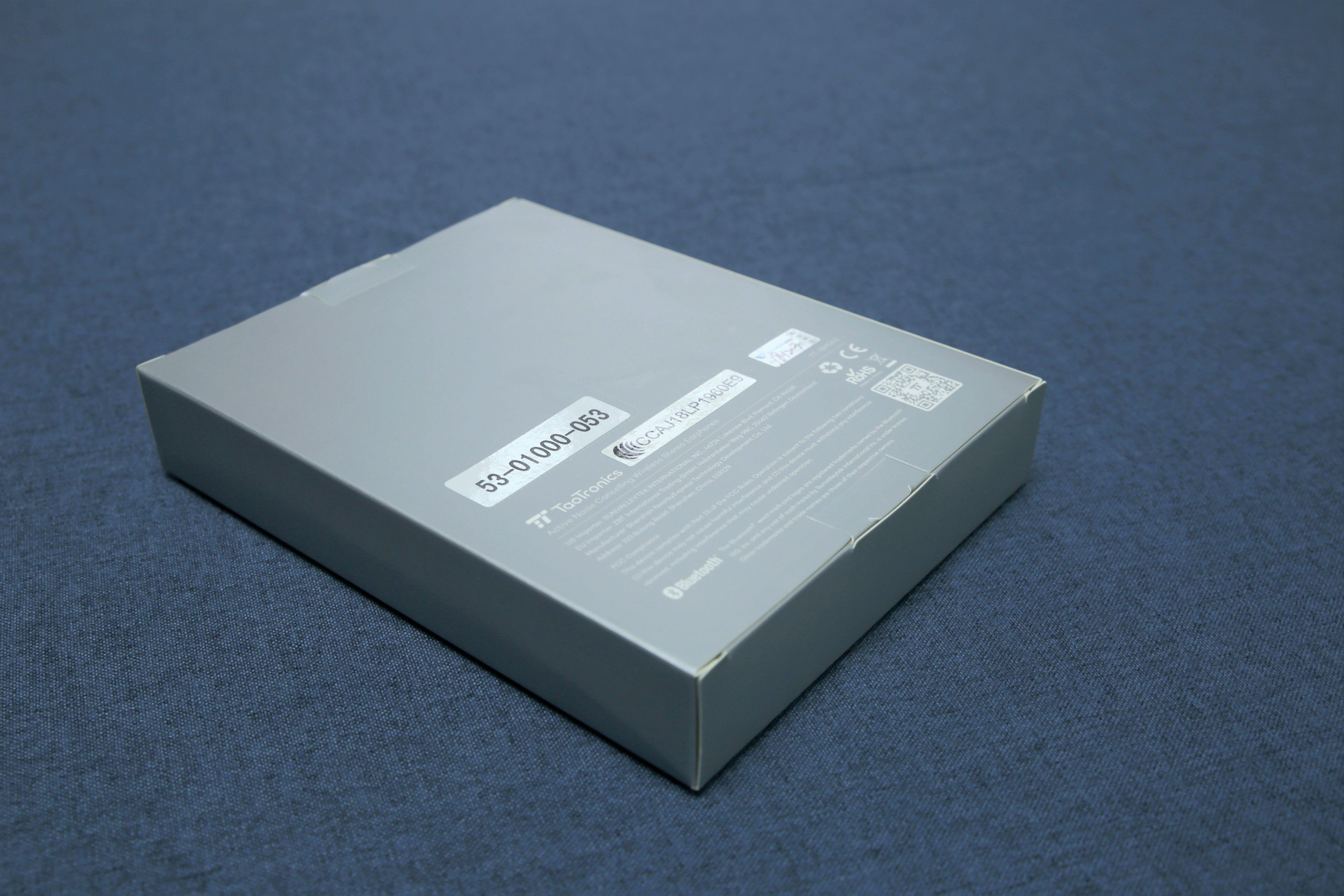 TaoTronics TT-BH042頸掛式降噪藍牙耳機 - 盒子的背面