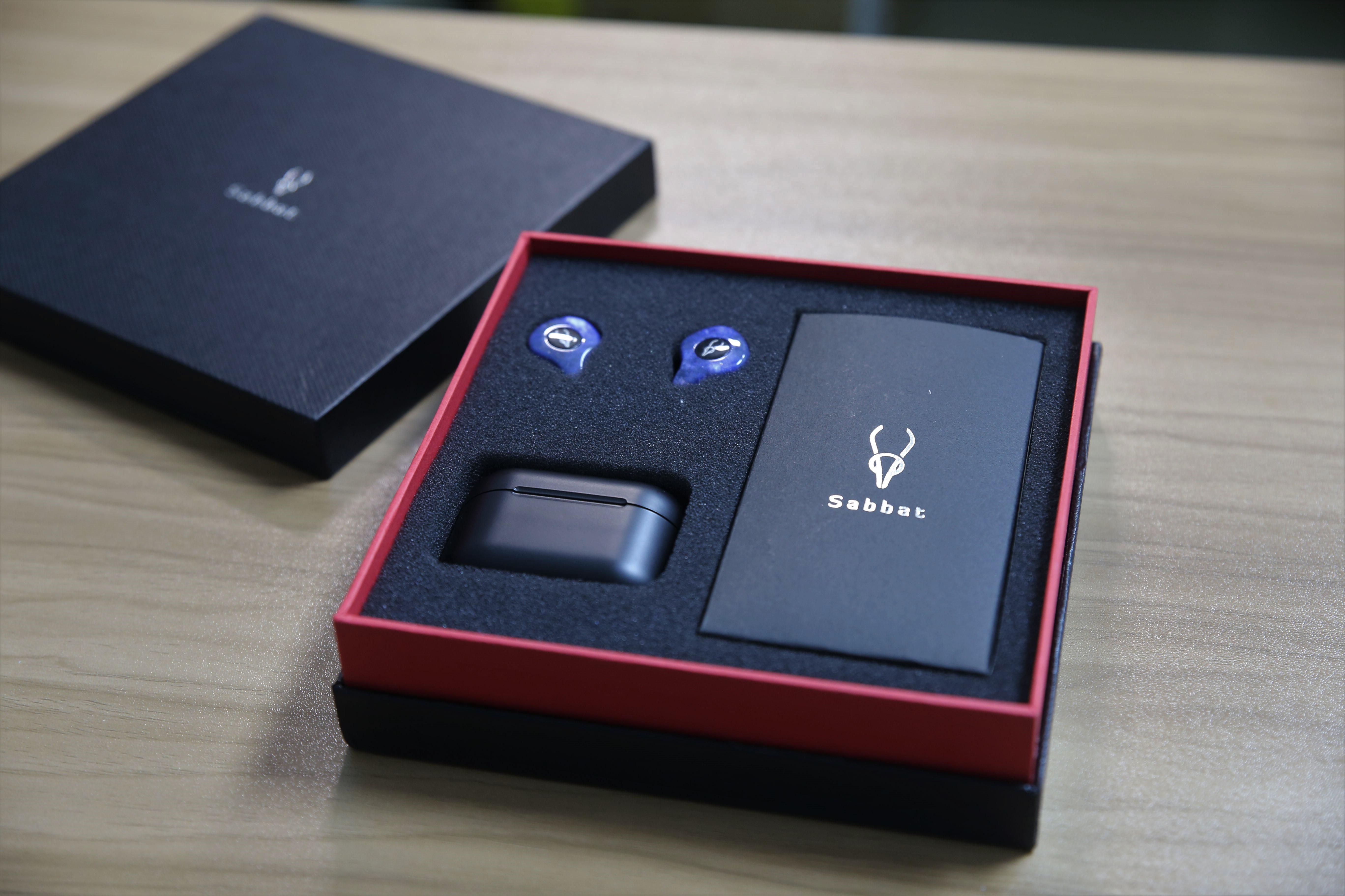 Sabbat X12 Pro真無線藍芽耳機 耳機出現
